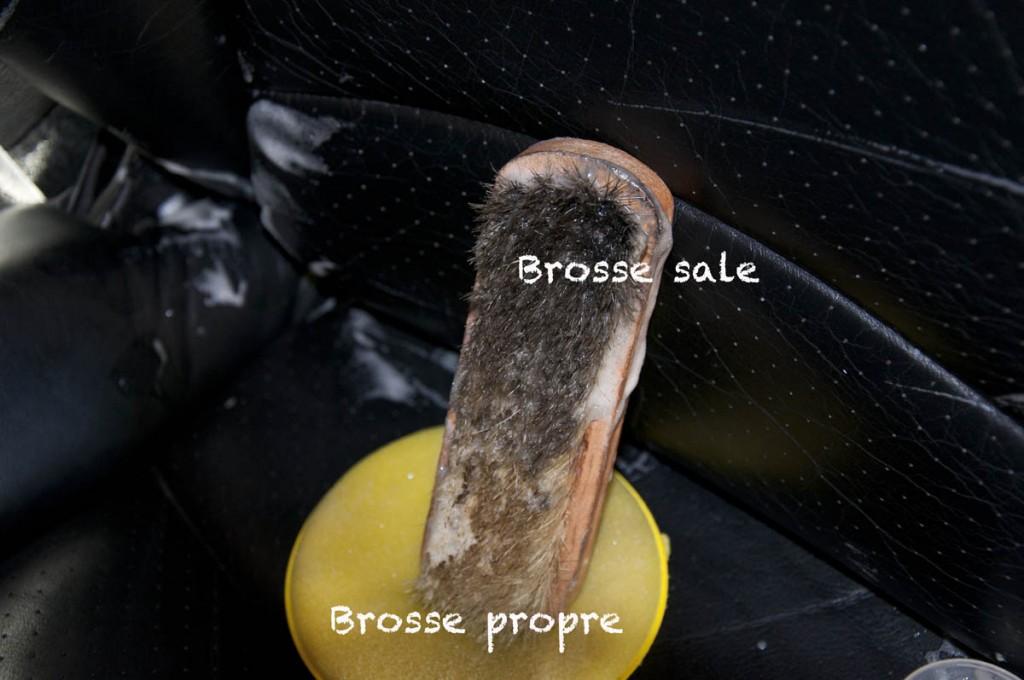 037Brosse cuir sale