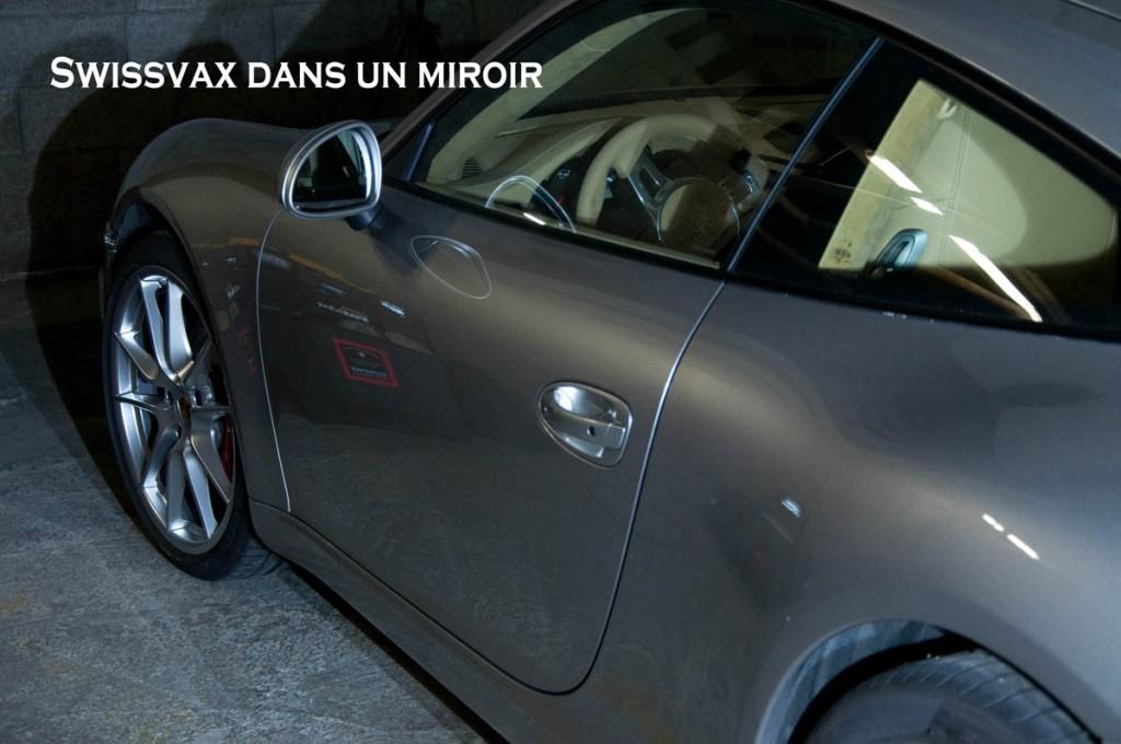 Swissvax-dans-un-miroir